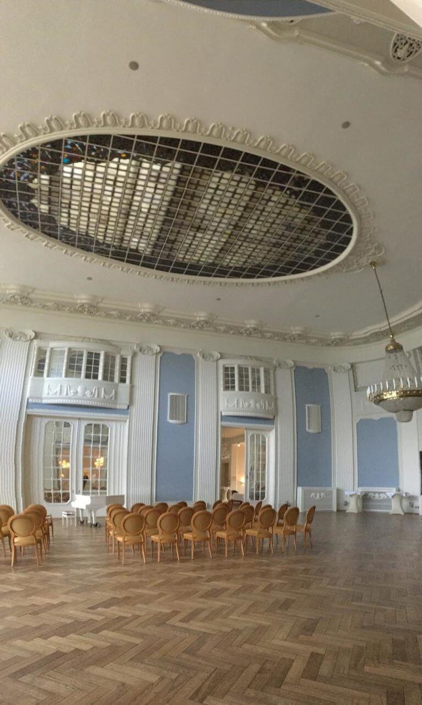 travem nde und das atlantic grand hotel an der ostsee. Black Bedroom Furniture Sets. Home Design Ideas