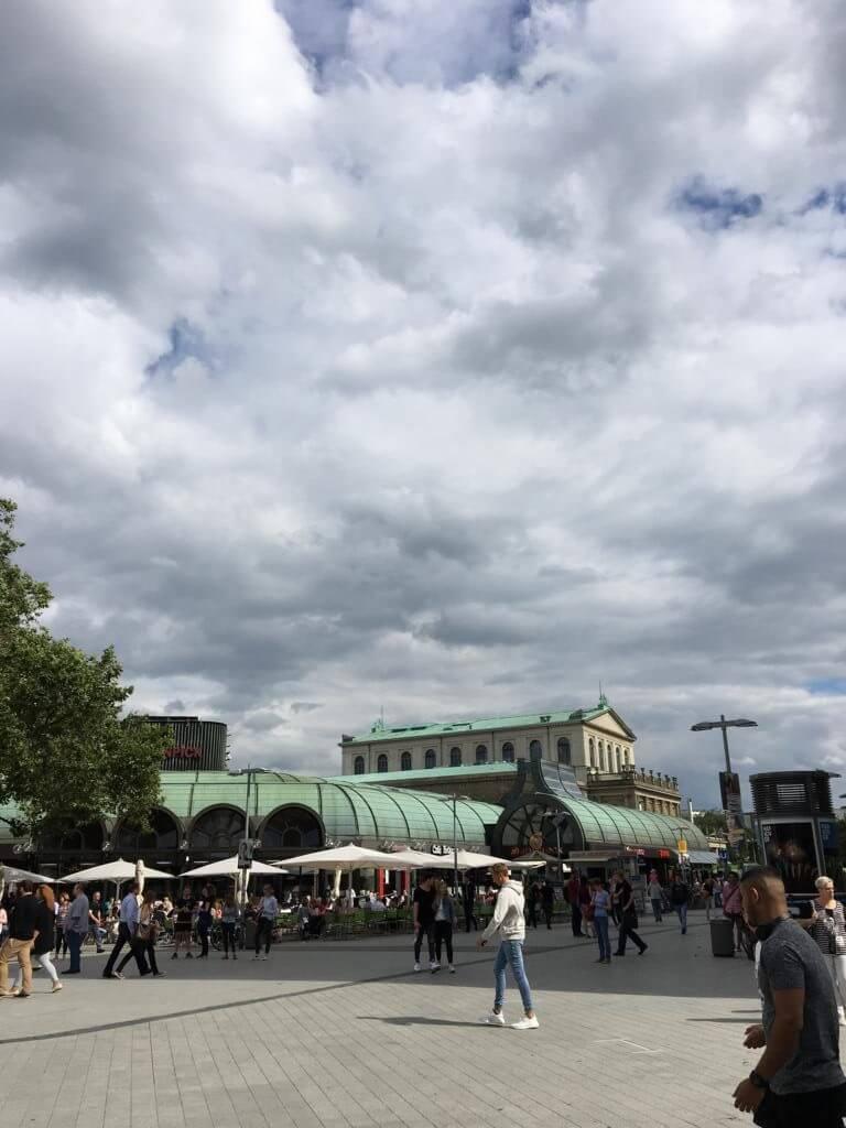 Kröpcke Platz Hannover der zentrale Treffpunkt
