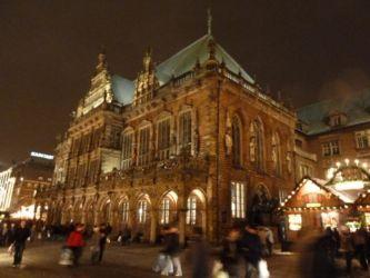 Weihnachtsmarkt Bremen Rathaus Seite