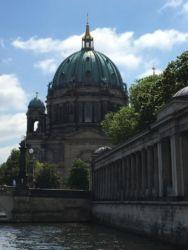 Berliner Dom in Stadtmitte auf der Spreeinsel